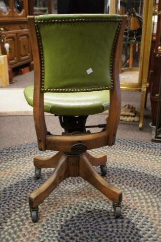 1920s Antique Gunlocke Green Leather Adjustable Industrial Office